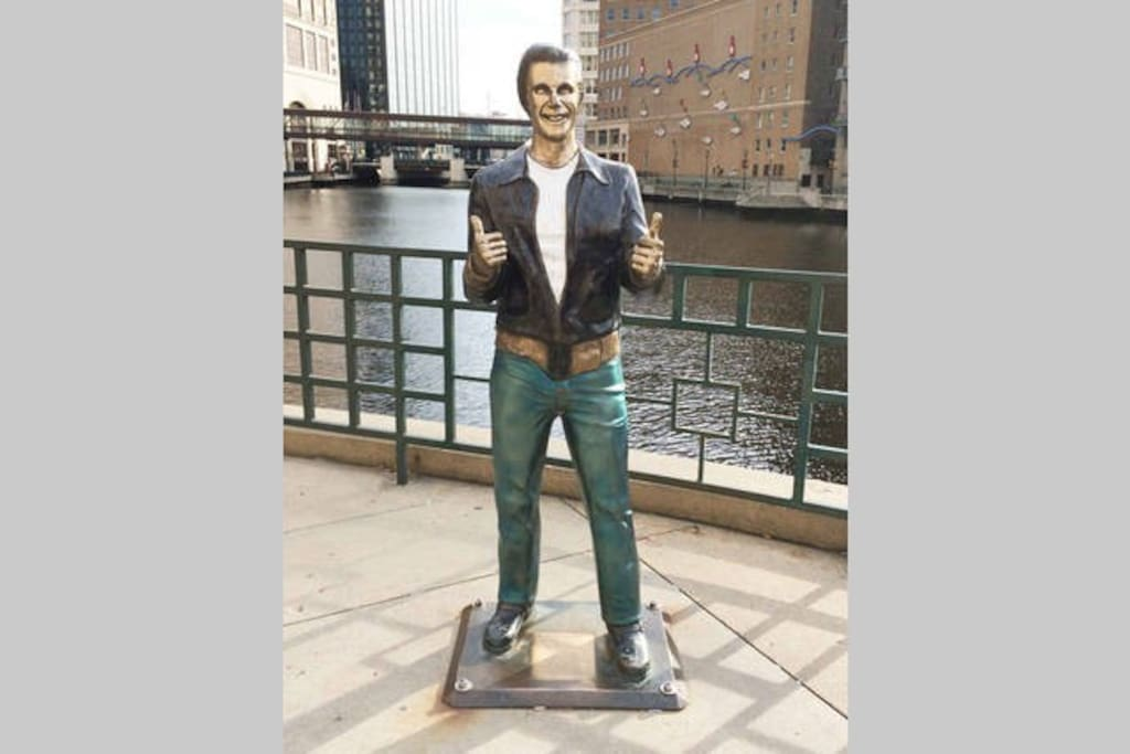 AYYYYYE, the Bronze Fonz is just outside your door.