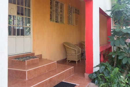 Ose Cottages, homely comfort - Kisumu - House