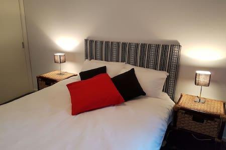 Dolphin Cottage Studio Appartment - Huskisson - Apartment