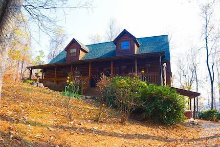 The Sanctuary Cabin - Hendersonville