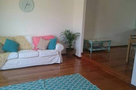 Double room in a sunny beach house - Hus