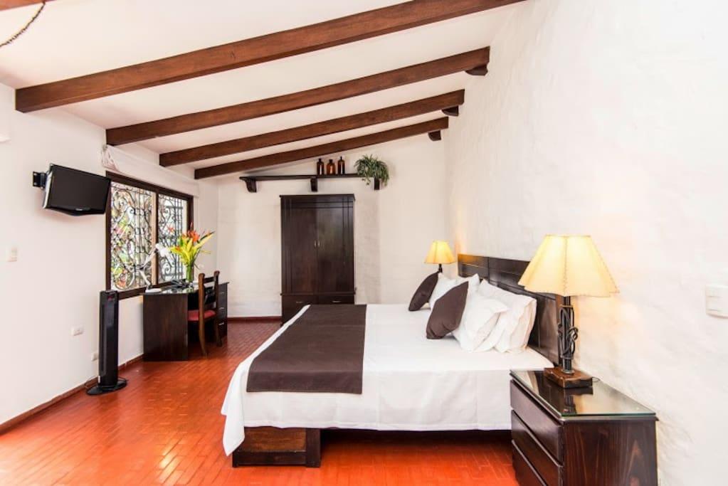 Hermosa Suite Nº2 SURCO-  LIMA PERU