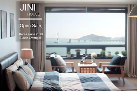 OceanView/Beach/광안리 바다를 품다! 지니하우스#1 - 부산광역시 - Apartamento