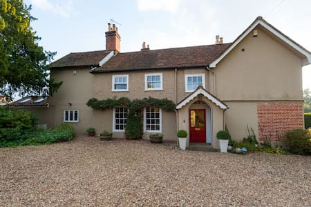 Old Rectory in a Suffolk Village - House