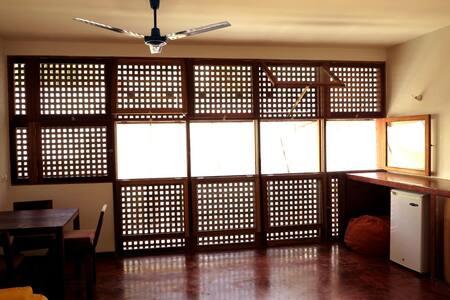 Paz Appartement, Pink, Mindelo - Apartamento