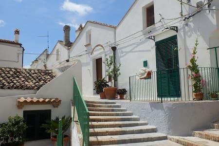 small , artist's house , pisticci - Pisticci - Apartemen