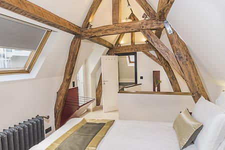 Charming Room In Guest House Center - Bruxelles - House