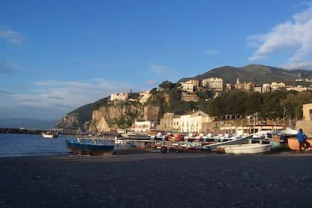 Villa Katerina, a stunning terrace on the sea - Vico Equense