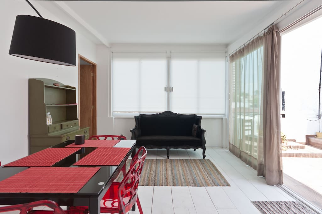COOL PENT HOUSE APARTMENT @CONDESA
