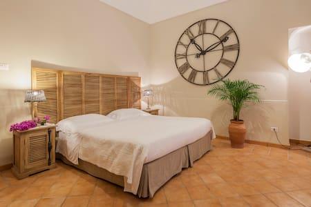 Maison Liparlati Room Arienzo