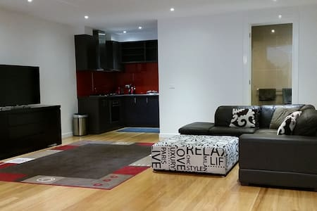 Brand new executive style apartment