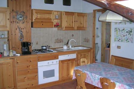 Apartment in Jouvenceaux - Apartamento