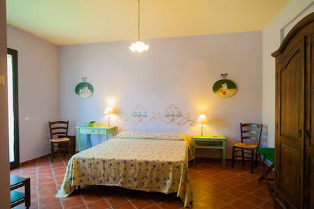 Bed and Breakfast La Rena Rossa  - Nicolosi - Bed & Breakfast