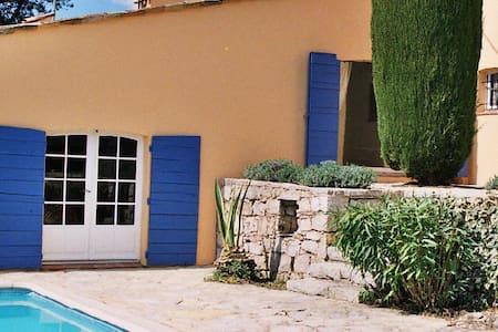 Villa Charmante, Select Cottages, sleeps 5-7 - Villa