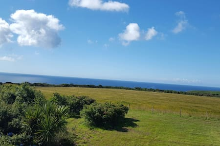Stunning Panoramic sea views in a luxurious Room - Nr Penberth and Porthcurno  St Buryan - Bed & Breakfast