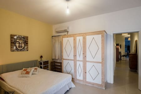 Double bedroom w/ensuite & terrace - Apartamento