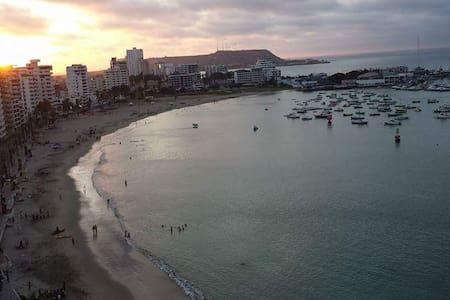 Ocean View, beach front, 4 bedrooms apart - Salinas