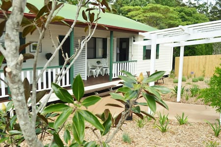 Tamborine Mountain Getaway - Linda's Place - Tamborine Mountain - Bed & Breakfast