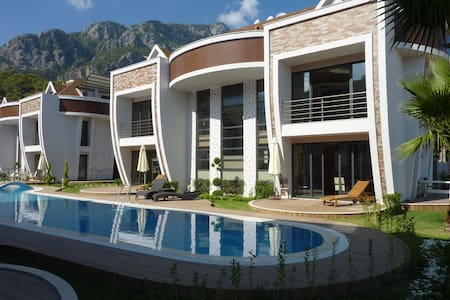 Luxury 1 bedroom aparts in a quiet and green zone - Kemer - Lejlighed