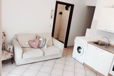 2bedrooms flat 30mt from the beach - Wohnung