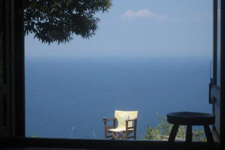 Wonderful hidden paradise house - Mouresi