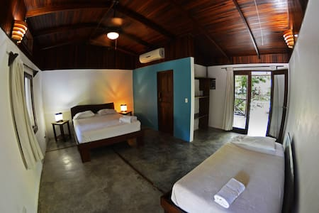 Monkey Apartment - Malpais - Bed & Breakfast