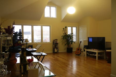 Our big 3 bedroom apt has a ton of sunlight throughout easy access to public transportation and off street parking. The apt is in the family friendly Maspeth area of Queens and close to everything you would need