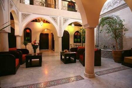 2 Chambres au Riad Balkisse