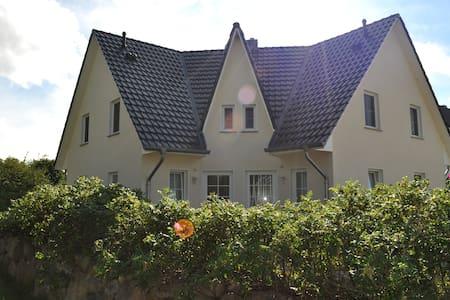 Ferienhaus Am Jungfernberg 1a - Casa