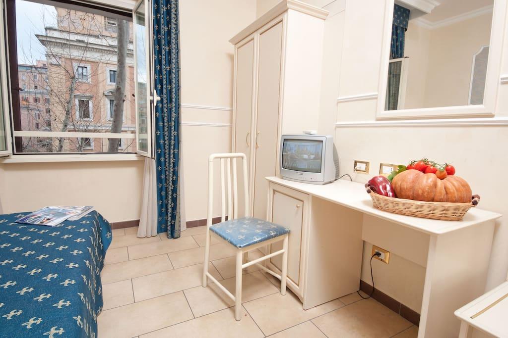 Cesar Palace Rome guesthouse