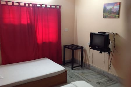 Corporate and Leisure Guest House  - House