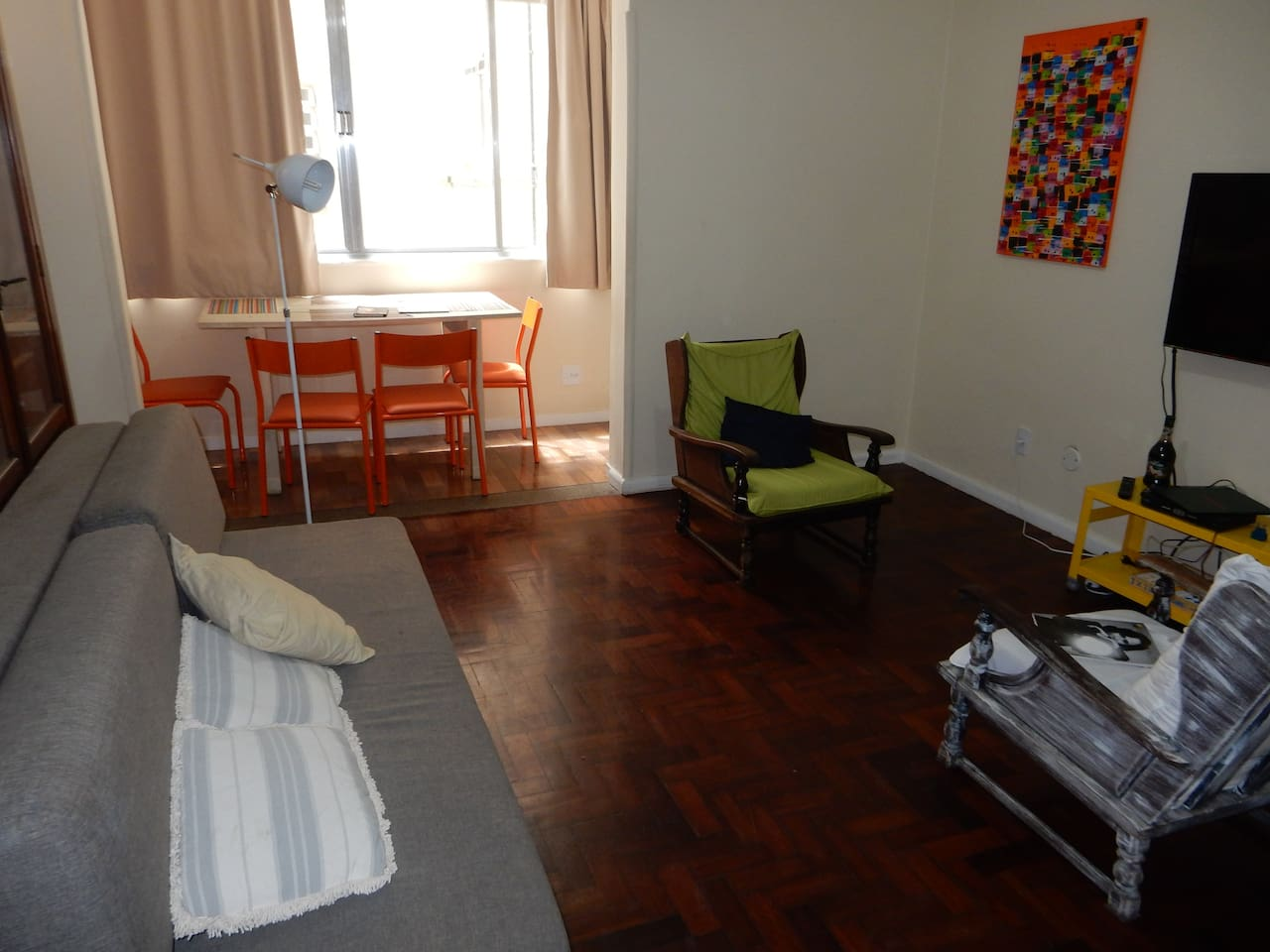 Ample spaces in the heart of Copacabana
