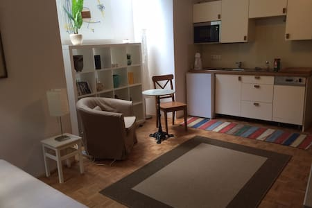 studio apartment in private house - Ház