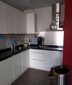 Ideaal gelegen appartement in centrum van Kampen - Appartement