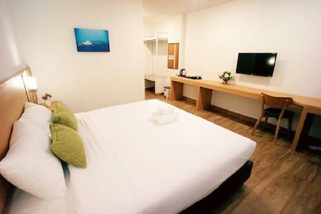 Modern double beds with breakfast - Nong Pa Khrang