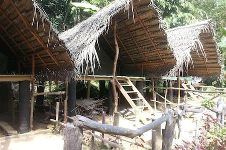 Xclusive Adventures Riverside Camp - Kitulgala - Barraca