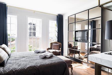 Stylish Urban Studio - Appartamento