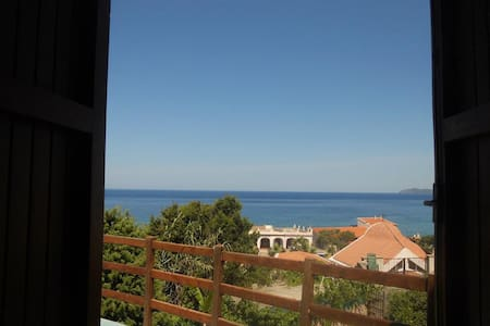 Terrace appartement with see view - Apartment