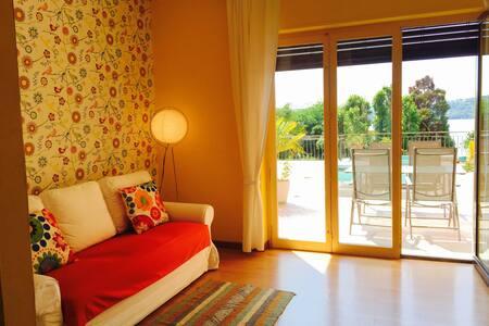 Appartamento con terrazzo vista lago - Viverone - Apartment