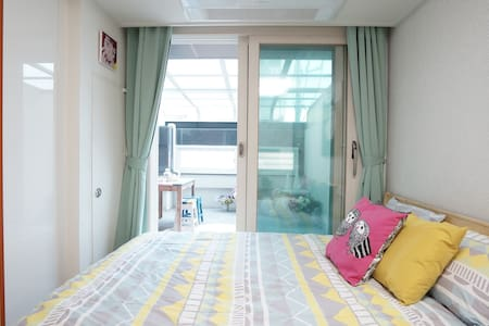 Balcony3 @Myeongdong, Dongdaemun - Appartement