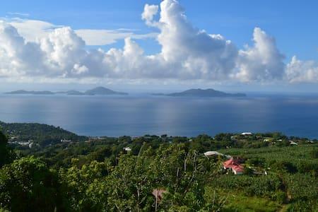 Villa Gwanada avec vue panoramique sur les Saintes - Trois Rivieres - Villa
