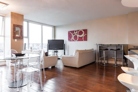 SubPenthouse 2bd 2bath, MILL$ view - Vancouver - Appartamento
