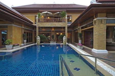 Exclusive Balinese Villa in Pattaya - パッタヤー - 別荘