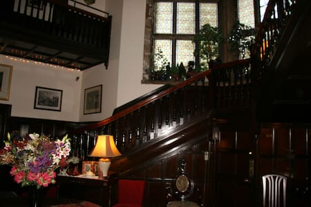 The Blue Room - Bed & Breakfast