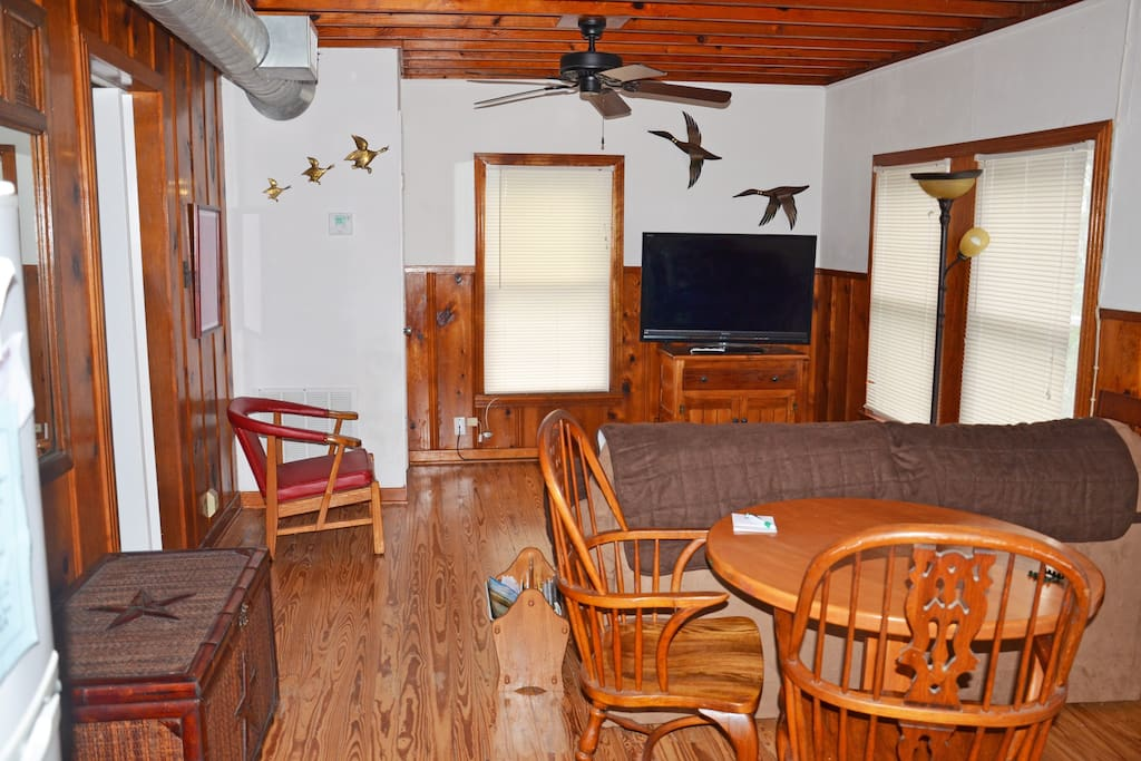 Turtle cabin cabins for rent in bayside for Porto austin cabin rentals