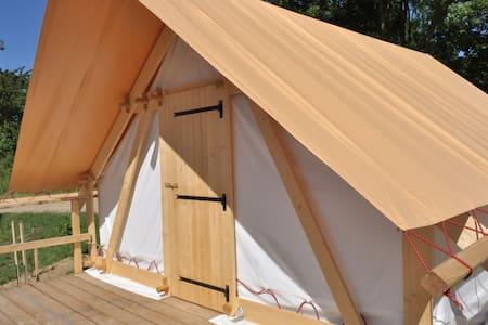 Le camp des trappeurs - Blockhütte