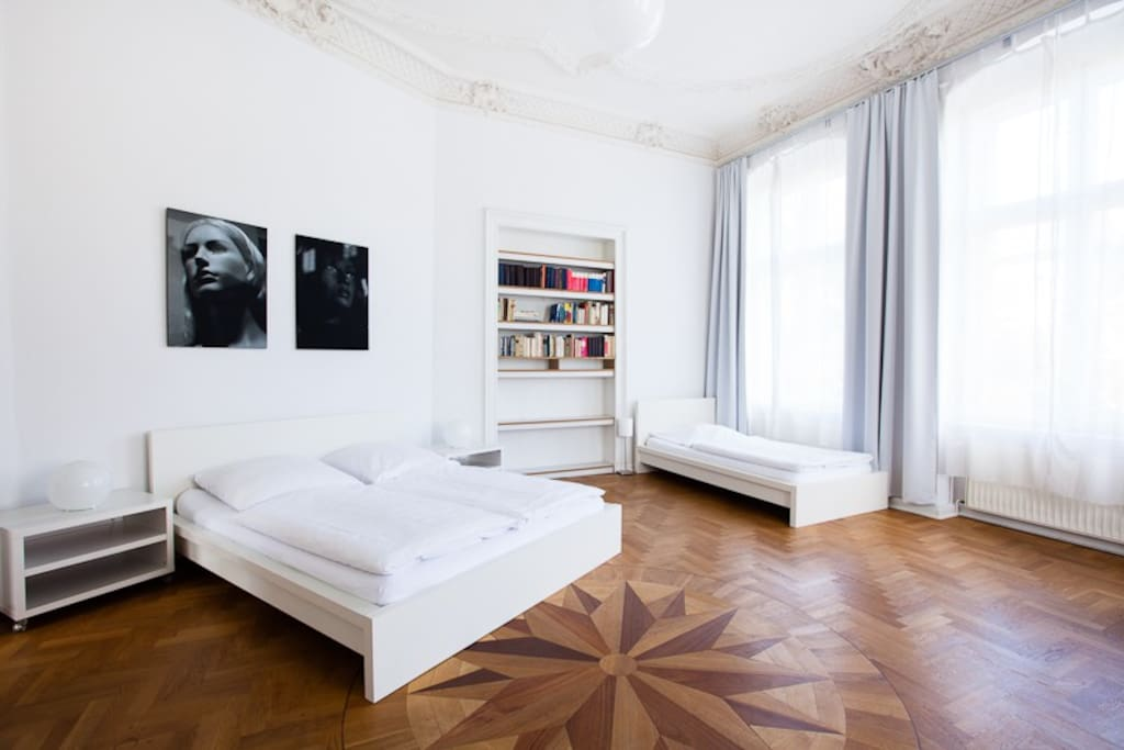 1. Schlafzimmer / bedroom