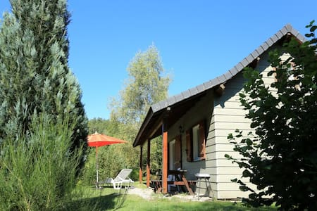 CHALETS in MASSIF CENTRAL -AUVERGNE - Bungalo