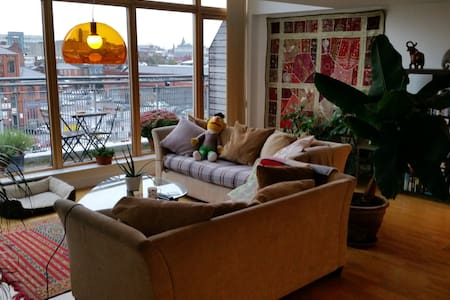 Beautiful apartment with parking - Manchester - Lejlighed