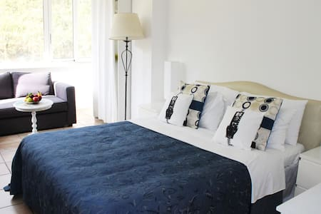Bed Breakfast Gallery Triple Room